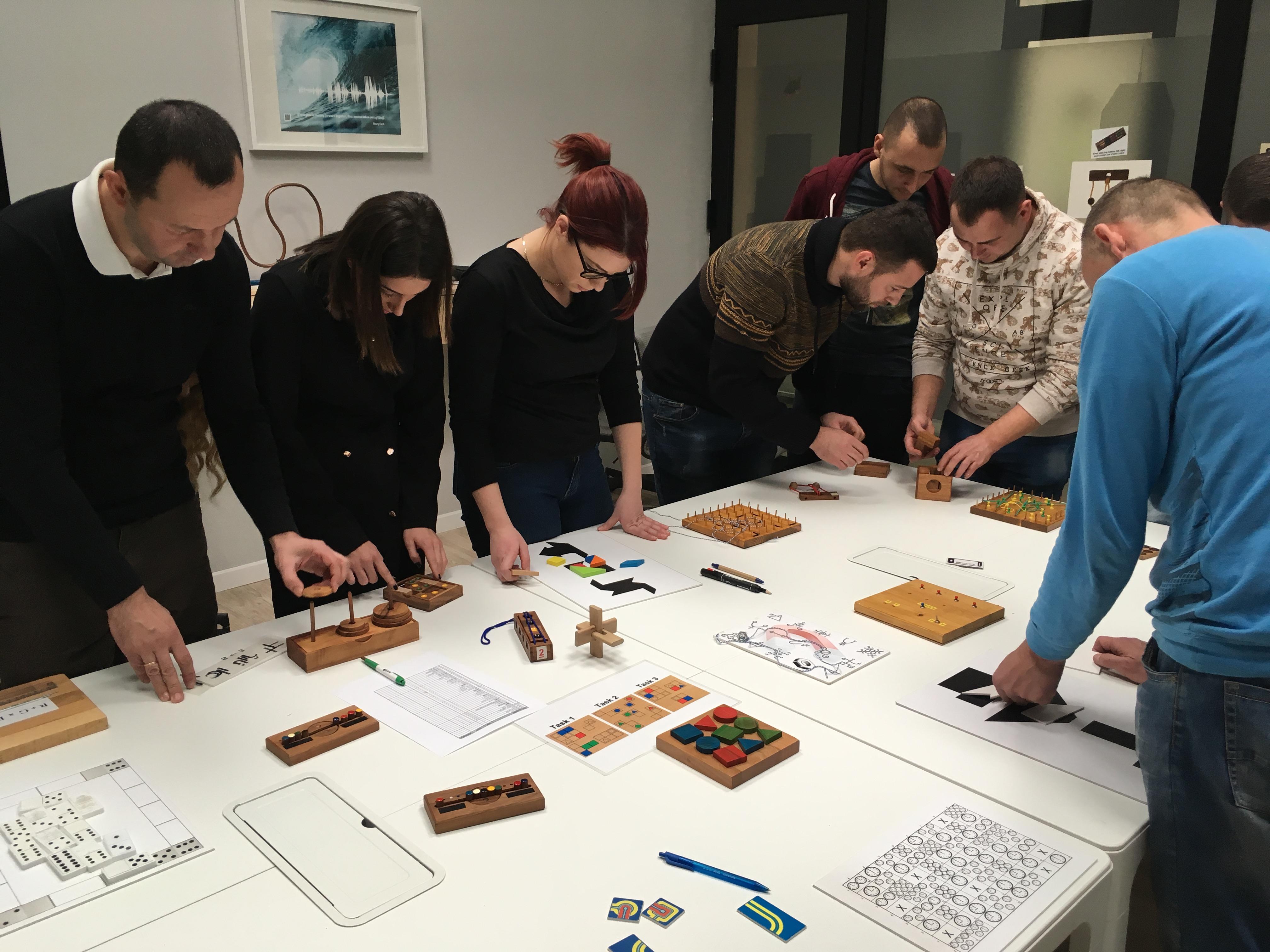 Puzzle challenge - Team building